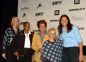 MEB with group at WSF Awards Oct 04