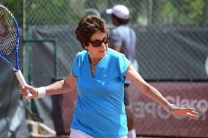 Maria Bueno has a hit in Rio