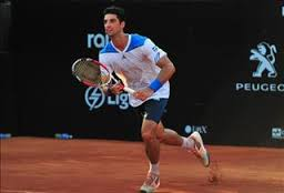 Thomaz Bellucci wins his opening match