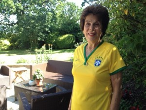Maria Bueno wears her home team shirt for the World Cup!